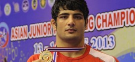 مدال طلایی که به خانواده شهید امر به معروف اهدا شد